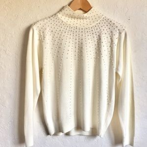 White Pearl Acrylic Knit Pullover Sweater PM
